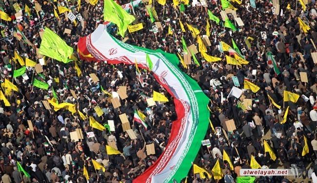 الثورة الاسلامية... ماذا يميزها عن باقي الثورات في العالم؟