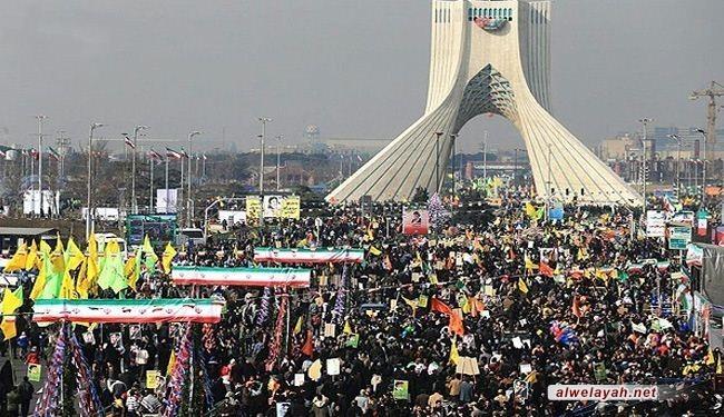 في يوم العز والفخر.. إيران تثبت أنها ملهمة ثورات الشعوب