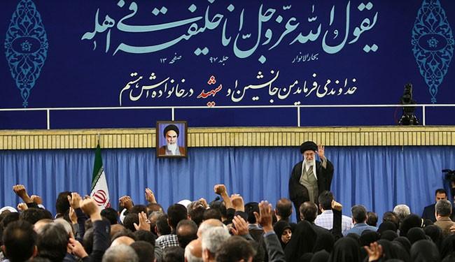 قائد الثورة الإسلامية: التعرض للشيخ عيسى قاسم ينم عن الحماقة والبلاهة