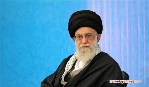 الإمام الخامنئي يعلن مجددا موقفه من التعرض لزوجات النبي (ص)