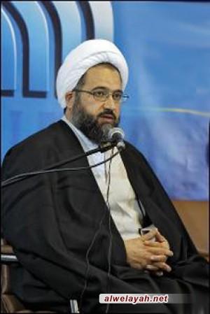 الشيخ علي دوست: تواجد القائد في قم يساعد على تقريب وجهات النظر والأفكار الموجودة في الحوزة العلمية