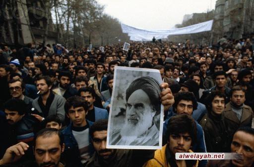 نعاهد الإمام الخميني (قدس) باستخدام كل طاقاتنا لخدمة الشعب الايراني