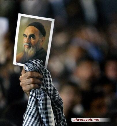 أبناء شعبنا يواصلون تجديد البيعة مع الإمام الخميني الكبير(قدس)