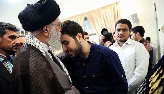 الإمام الخامنئي: مواهب شباب الثورة تزيد من قوة البلاد الداخلية +صور