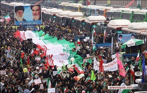 بدء مراسم عشرة الفجر المباركة في طهران وشتى أرجاء ايران