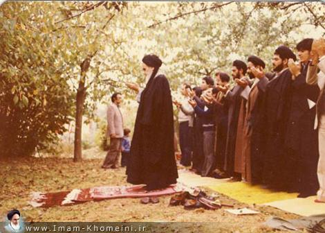 تقرير مصور عن فترة تواجد الإمام الخميني (قدس سره) في باريس