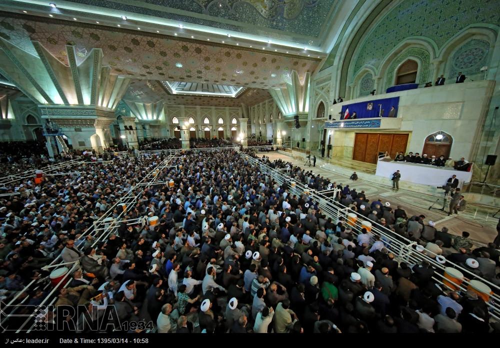 الإمام الخميني؛ مؤمن متعبد ثوري