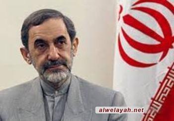 الدكتور ولايتي: الثورة الإسلامية تعتبر منعطفا بعودة المسلمين إلى هويتهم الإسلامية