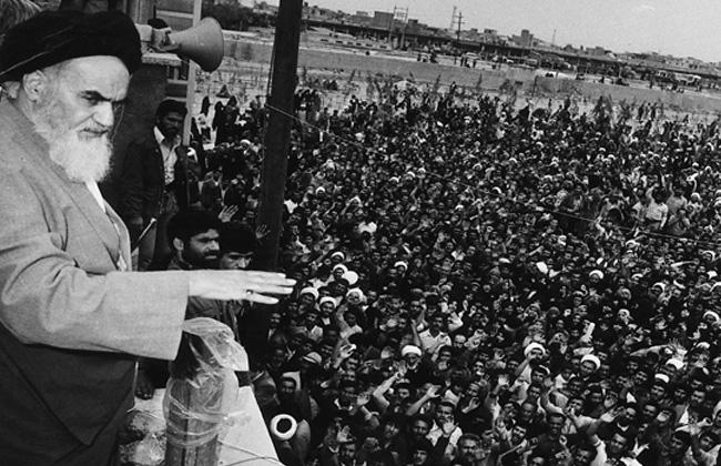 تمجيد الثورة الاسلامية