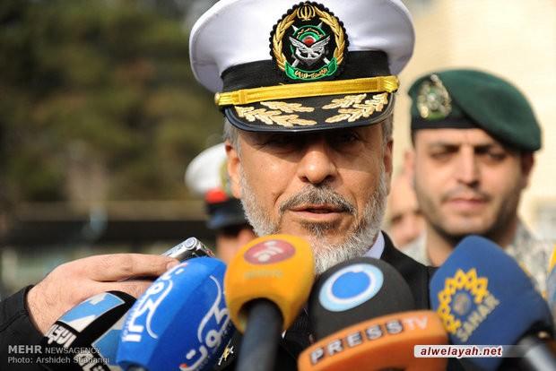 الأدميرال سياري: إنجازات الثورة الإسلامية تعد صفعة قوية بوجه الأعداء