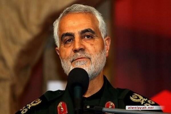 اللواء سليماني: قائد الثورة الإسلامية عبر بالبلاد من العواصف العاتية