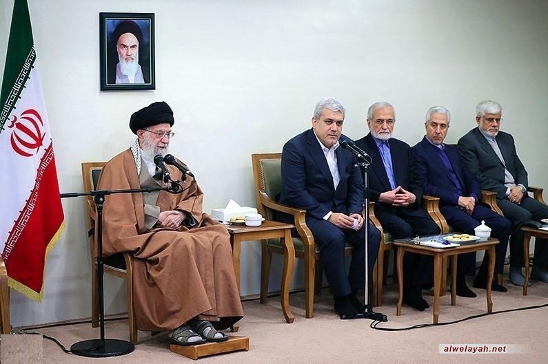 قائد الثورة الإسلامية: لا ينبغي أن تنخفض الحركة العلمية للبلاد