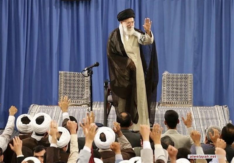قائد الثورة الإسلامية يدعو إلى تعزيز الخطاب الثوري من خلال زيادة المعرفة في المجتمع