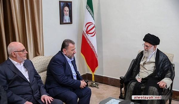 الإمام الخامنئي: إيران لا تتجامل مع أي بلد في العالم حول قضية فلسطين