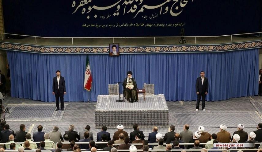 قائد الثورة الإسلامية: الدفاع عن المظلومين واجب والبراءة من المشركين فريضة