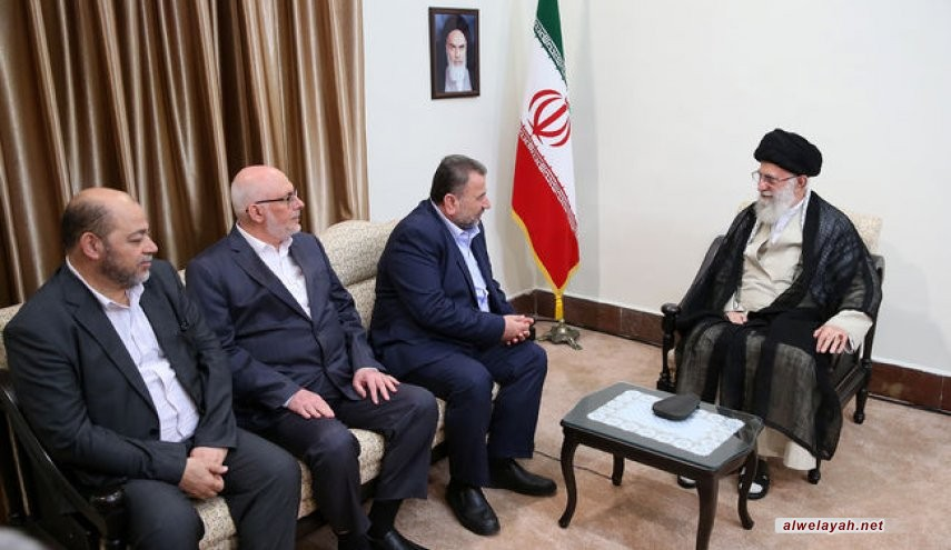 قائد الثورة الإسلامية يستقبل نائب رئيس مكتب حركة حماس السياسي