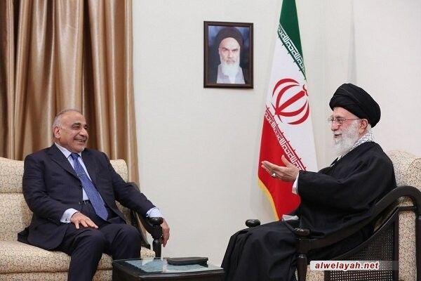 قائد الثورة الإسلامية يدعو إلى إخراج القوات الأمريكية من العراق