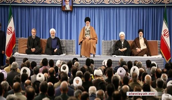 قائد الثورة الإسلامية يدعو لتقليل أعباء المتضررين بالسيول الأخيرة