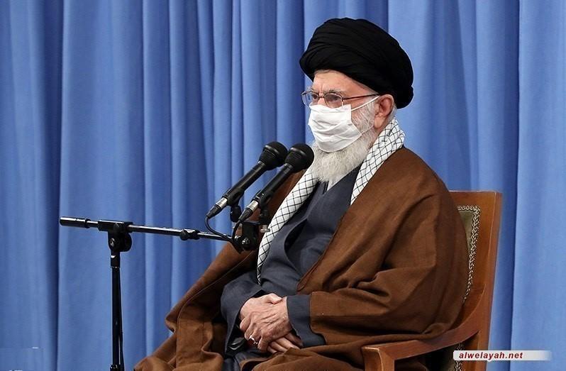 في حسينية الإمام الخميني (ره)؛ قائد الثورة الإسلامية يستقبل ضيوف مؤتمر الوحدة الإسلامية