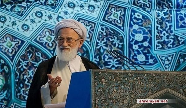خطيب جمعة طهران: سياسة الجمهورية الإسلامية إرساء السلام مع العالم