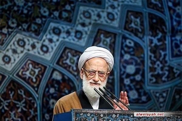 إمام جمعة طهران يشيد بدور الحرس الثوري ويؤكد أن العالم لم ير منه سوى الأعمال الإيجابية