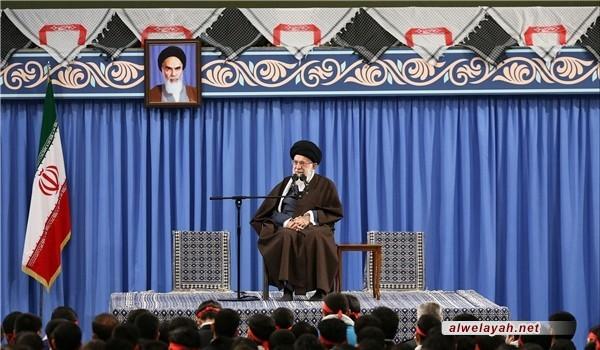 قائد الثورة الإسلامية: حرب الأعوام الثمانية سببها خوف القوى العالمية من تأثير الثورة الإسلامية