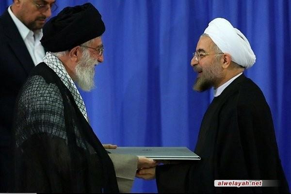 قائد الثورة الإسلامية ينصب الرئيس المنتخب روحاني رئيساً لولاية رئاسية ثانية