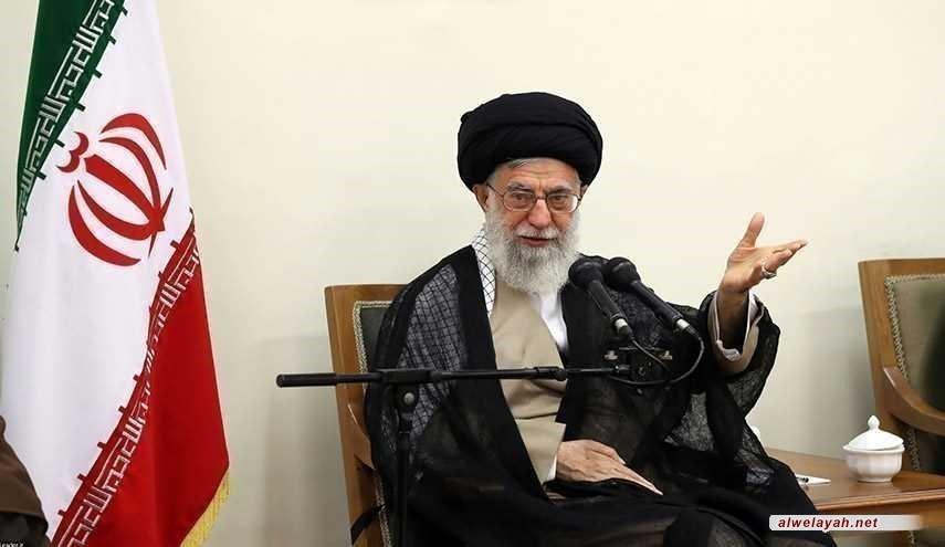 الإمام الخامنئي يدعو المسؤولين لبذل أقصى الجهود لمساعدة المتضررين من الزلزال