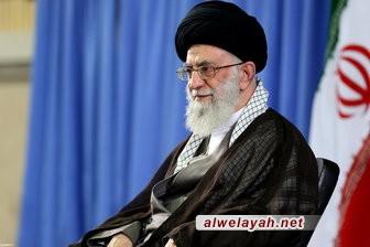 قائد الثورة الإسلامية: لولا الشهداء وتضحياتهم البطولية لكانت البلاد خاضعة تحت الاحتلال
