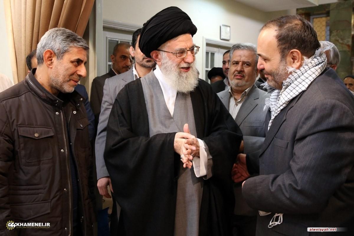 قائد الثورة الإسلامية يعزي باستشهاد الجريح علي خوش لفظ