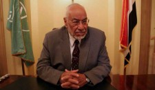 مرشد اخوان المسلمين يشيد بانجازات الثورة الإسلامية