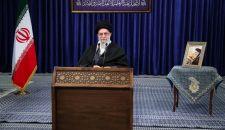 قائد الثورة الإسلامية بمناسبة انتفاضة أهالي مدينة قم: قرار إلغاء الالتزامات النووية كان منطقياً وصحيحاً / تواجدنا الإقليمي هو لتعزيز ثبات واستقرار المنطقة