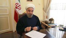 حسن روحاني یهنئ قائد الثورة بالنصر على داعش