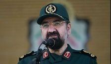 """محسن رضائي يهنّئ قائد الثورة بالانتصار على """"داعش"""""""