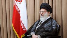 قائد الثورة الإسلامية يوافق على استقالة آية الله جنتي من إمامة صلاة الجمعة