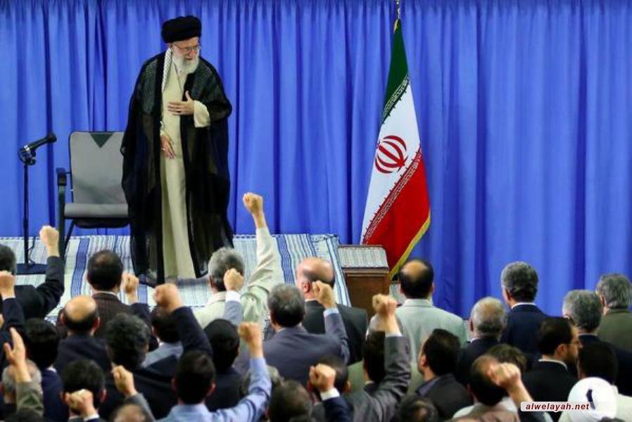 تقرير مصور عن لقاء أساتذة الجامعات مع قائد الثورة الإسلامية 28 رمضان 1434هـ