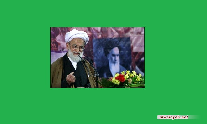 إمامي كاشاني: على البلدان الإسلامية أن تعي الأخطار الصهيونية والأمريكية