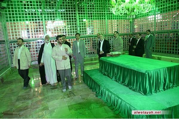 أحمدي نجاد: الإمام أفنى عمره في الدعوة إلى عبودية الله والتوحيد الخالص