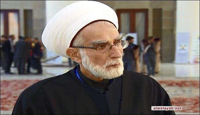 عالم دين لبناني يشيد بالثورة الإسلامية في إيران