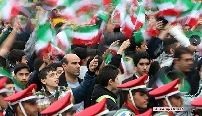 انحناء العالم أمام إصرار الشعب الإيراني