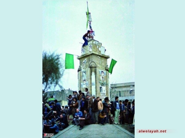 وفد من مسلمي بريطانيا يزور ايران بمناسبة ذكرى انتصار الثورة الإسلامية