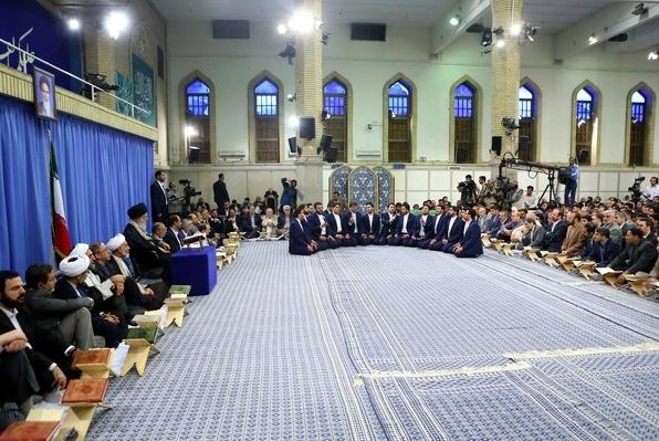 قائد الثورة الإسلامية: إذا انتشرت مفاهيم القرآن فلن يمكن للقوى الكبرى ارتكاب أي حماقة