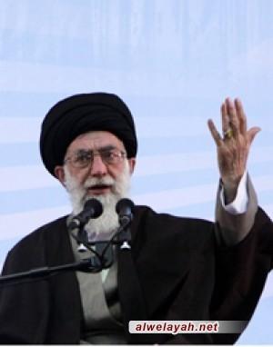 خبير بالشأن الإيراني: من سيرة قائد الثورة تفقد أبناء الشعب من قرب