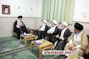 الإمام الخامنئي يلتقي آيات الله نوري همداني وجوادي آملي