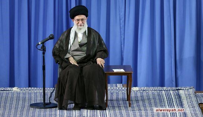 المفتي العام للمسلمین في بلغاریا یشكر قائد الثورة الإسلامية لرسالته إلی شباب الغرب