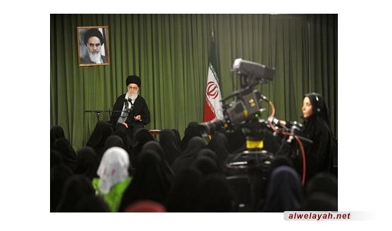 حقوق المرأة ودورها في المجتمع من كلمات الإمام الخامنئي