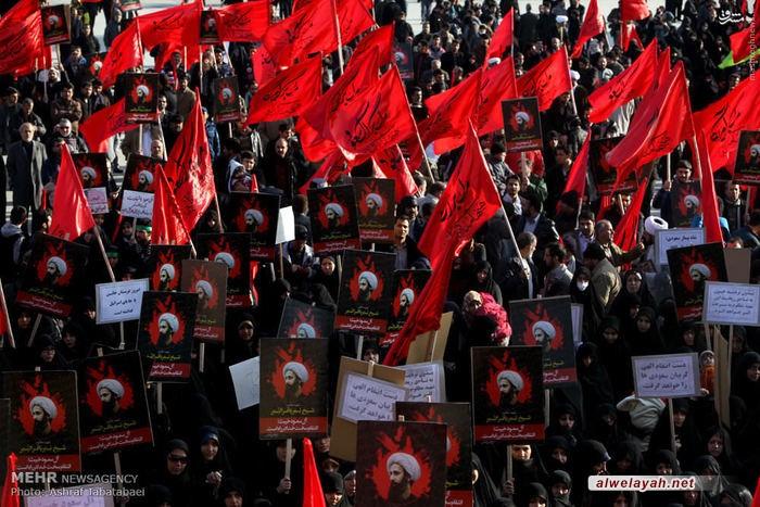 تقرير مصور/ تظاهرات حاشدة في ساحة الإمام الحسين بطهران تدين جريمة آل سعود
