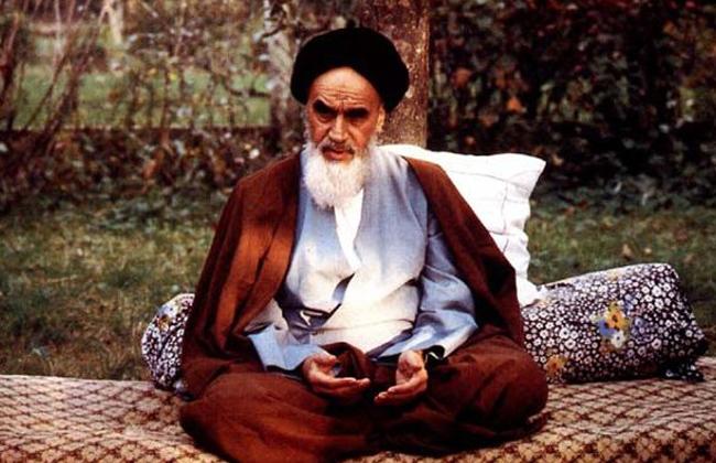 الإمام الخميني يقول إنها خديعة