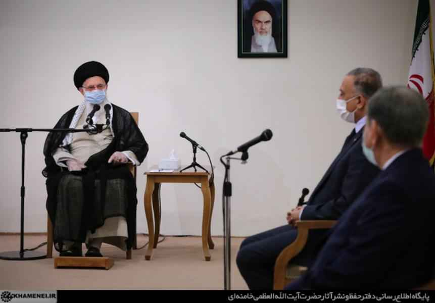 محطات من لقاء الإمام الخامنئي برئيس وزراء العراق