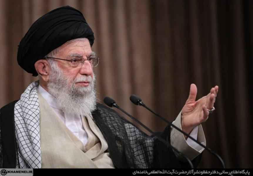 تصريحات الإمام الخامنئي حول بيان الدول الأوروبية الثلاث بشأن برنامج إيران الصاروخي